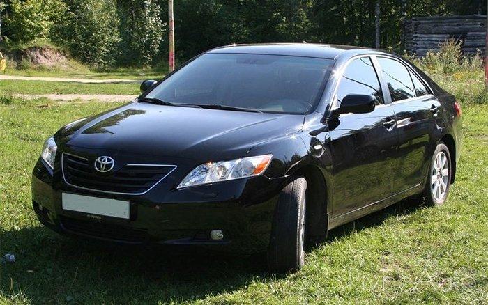 Аренда Toyota Camry 40 на свадьбу Ровно